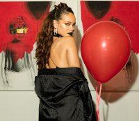 Rihanna quebra mais um recorde!